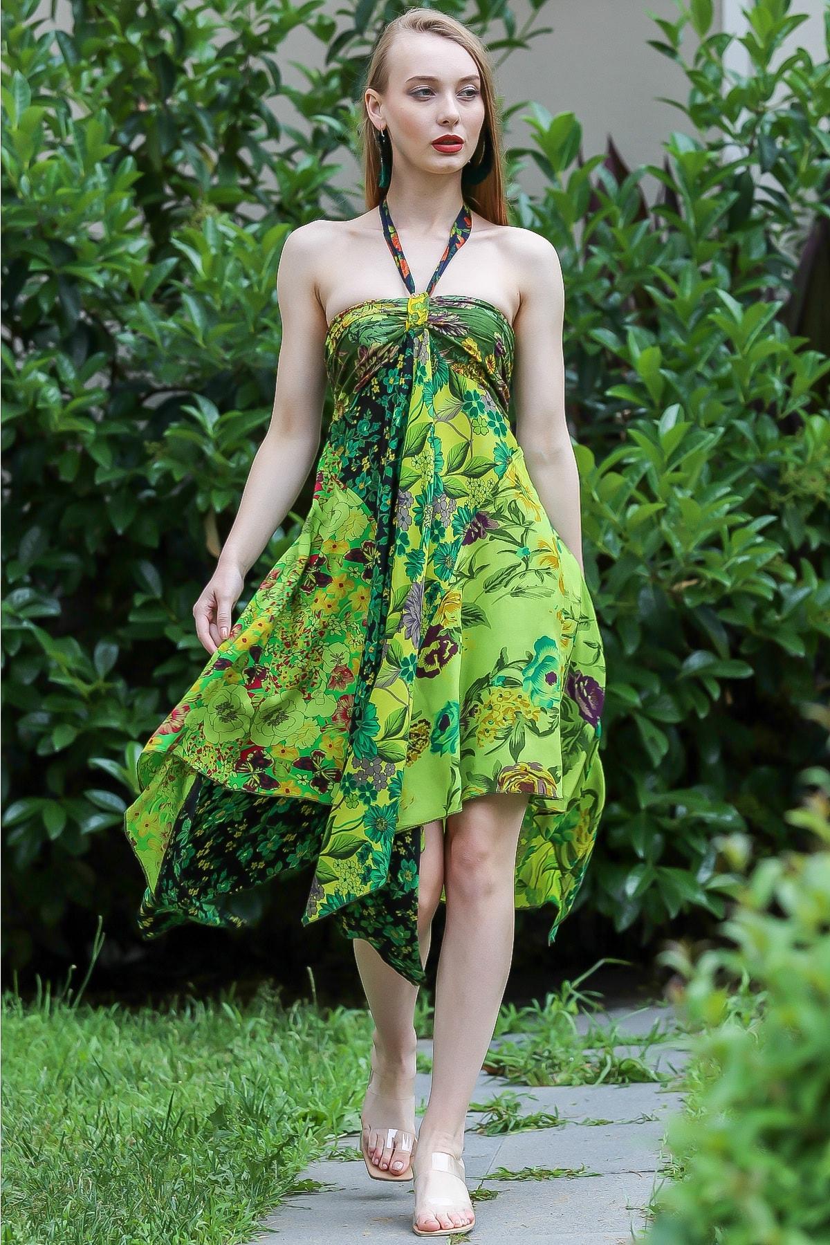 Chiccy Kadın Yeşil Bohem Straplez Boyundan Bağlamalı Patch Work Çiçekli Asimetrik Elbise M10160000EL96642 0