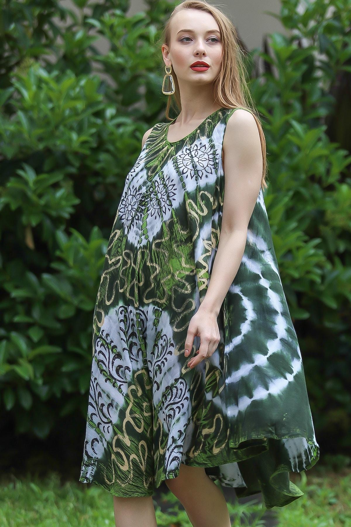 Chiccy Kadın Yeşil Bohem Batik Desenli Kolsuz Kloş Elbise M10160000EL96673 1