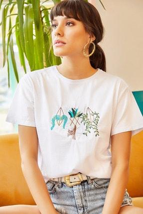 Olalook Kadın Beyaz Saksı Nakışlı Tişört TSH-19000379 1