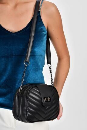 Bagzone Siyah Kadın  V Nakışlı Kilit Detay Omuz Çantası 10VA2061 1