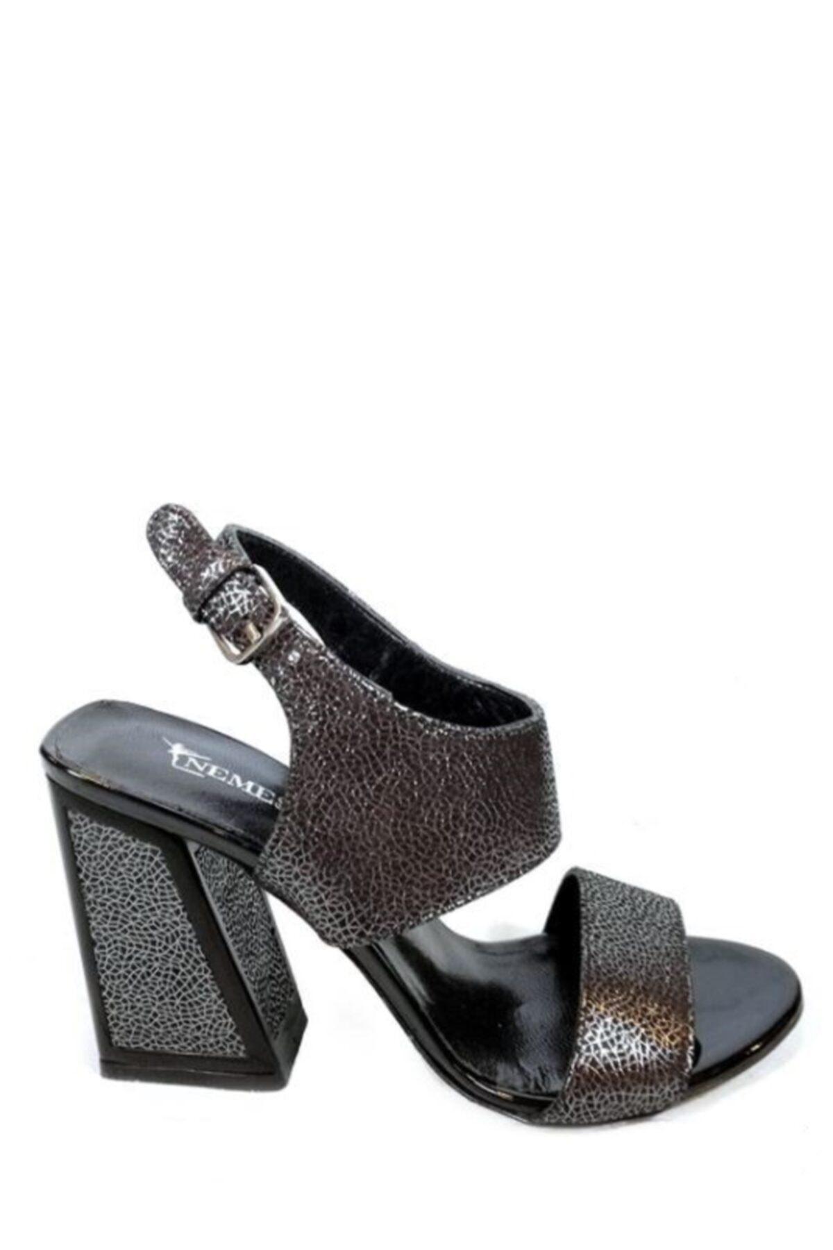 Nemesis Shoes Gerçek Deri Kadın Topuklu Sandalet Siyah Spider Deri