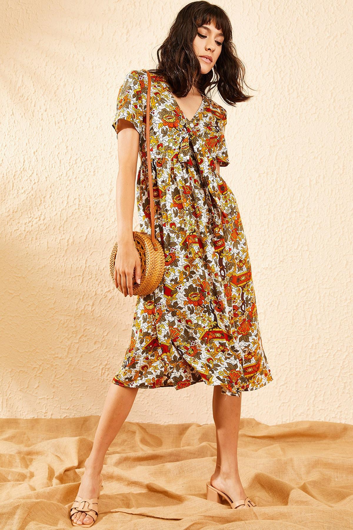 Bianco Lucci Kadın Beyaz Multi Çiçek Desenli Düğme Detaylı Uzun Gömlek  Elbise 10081006 0