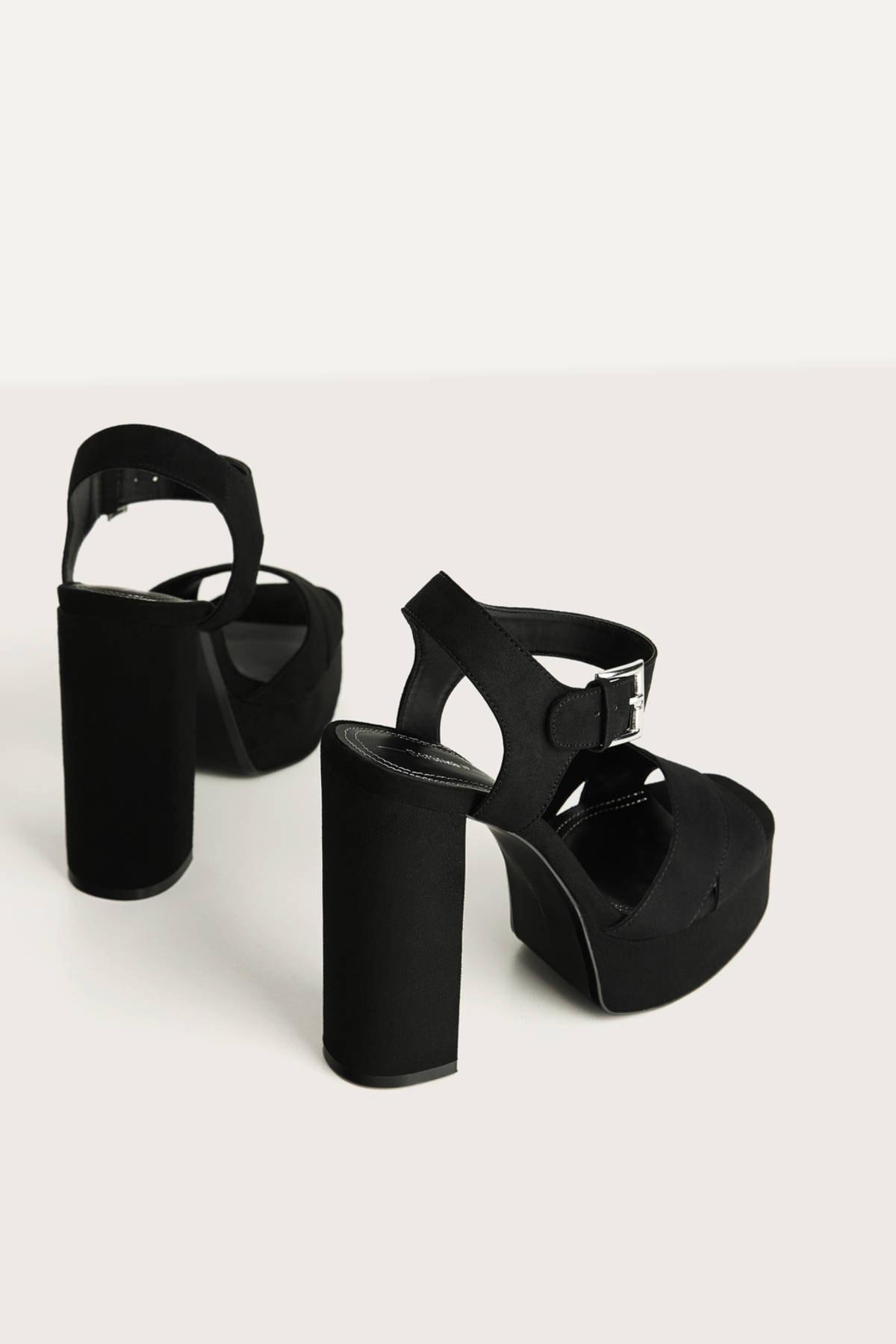 Bershka Kadın Siyah Platform Topuk Sandalet 11702660 4
