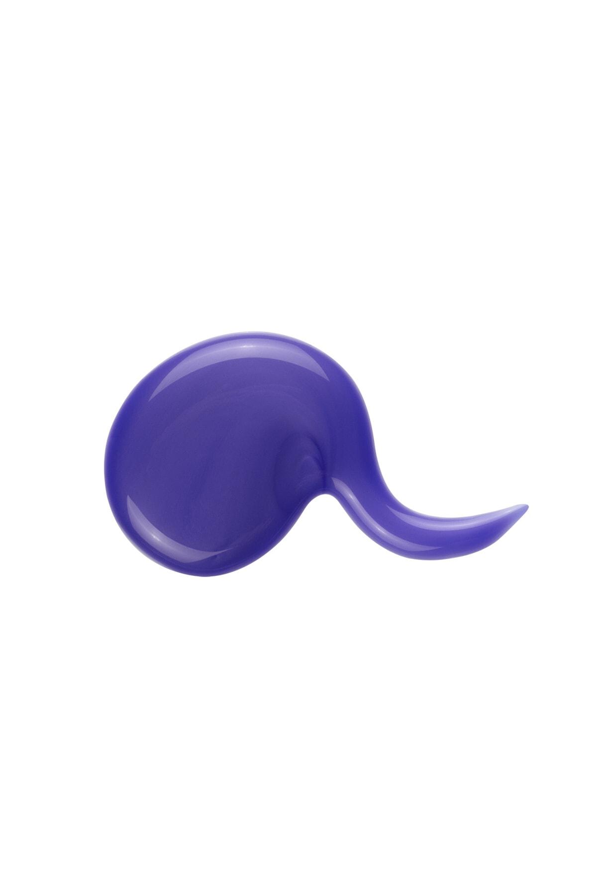 L'oreal Professionnel Gri ve Beyaz Saçlar için Parlaklık Veren Şampuan 500 ml - Silver Gloss Protect System 3474636502868 1
