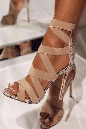 trendyes Kadın Bej Rengi Yılan Derili Lastikli Topuklu Ayakkabı 0