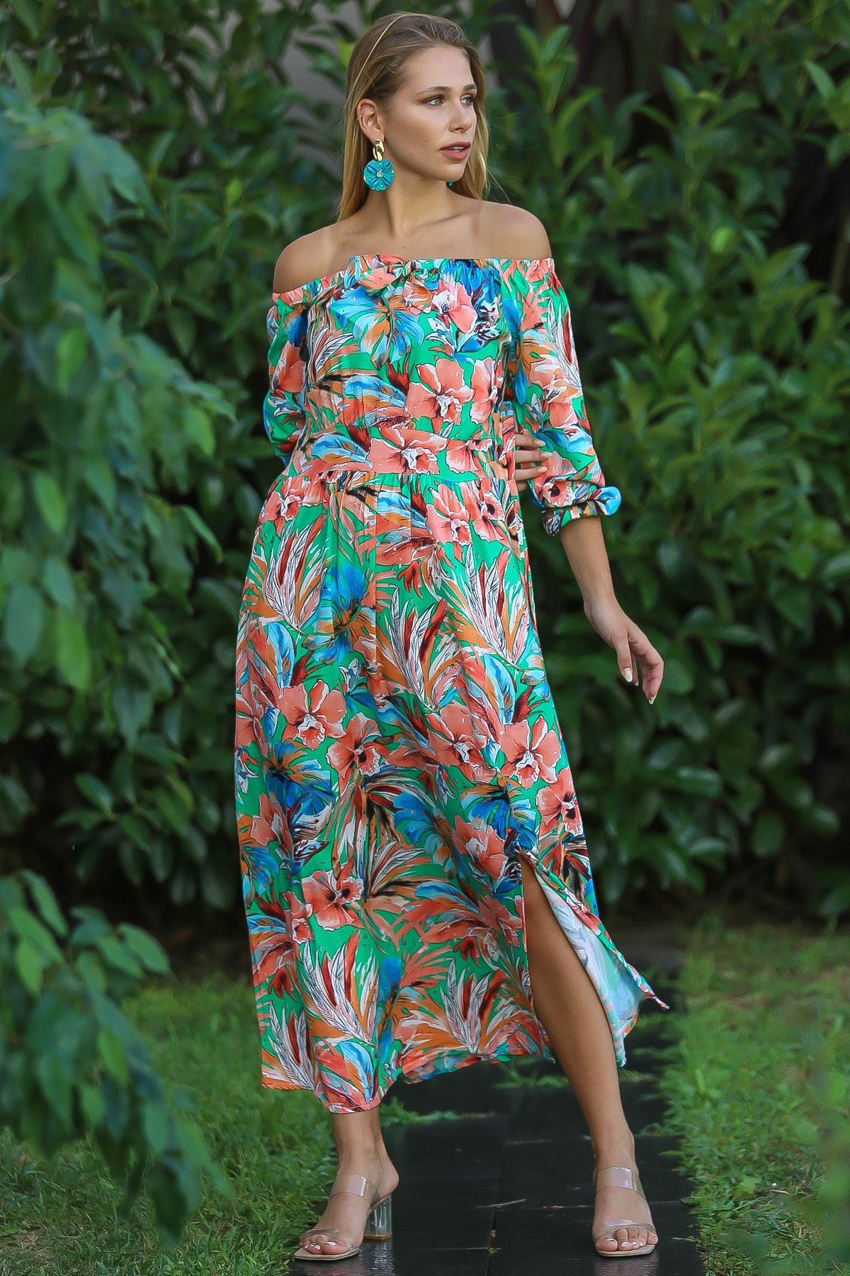 Chiccy Kadın Yeşil Bohem Carmen Yaka Sırtı Fermuar Detaylı Yırtmaçlı Uzun Elbise M10160000El96499 1