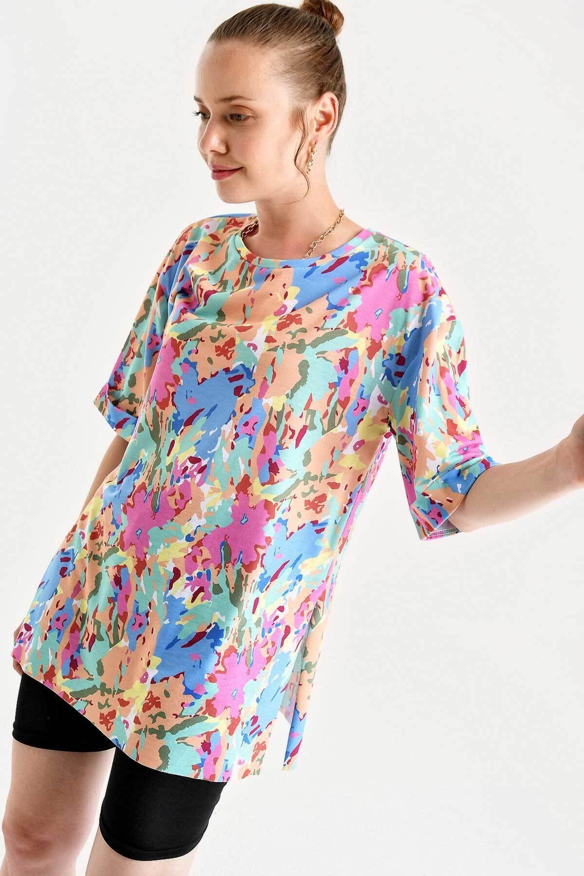 4166 Kadın  Çok Renkli T-shirt