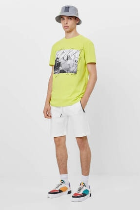 Bershka Erkek Sarı Grafiti Baskılı T-Shirt 4