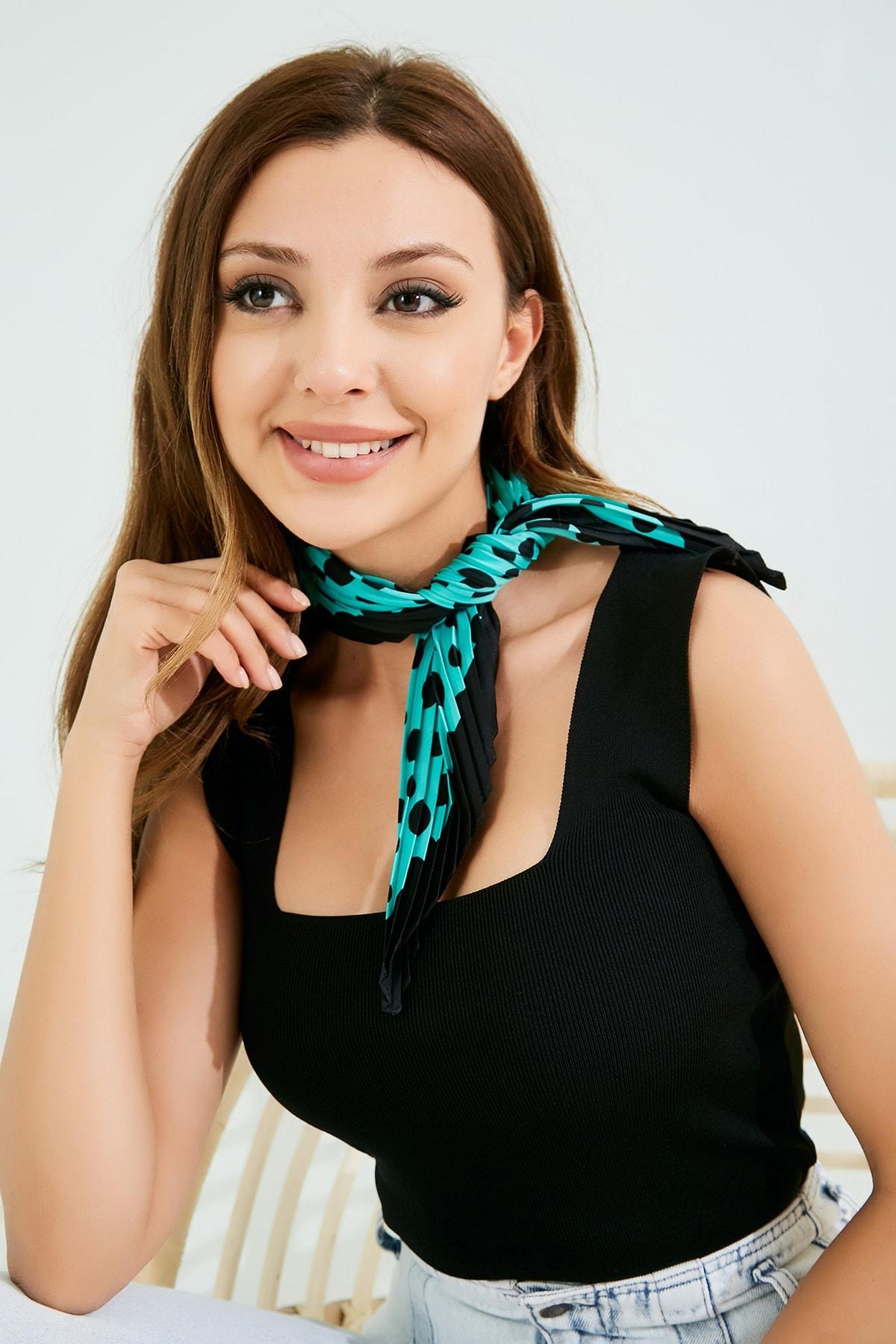 Vis a Vis Kadın Siyah-Mint Piliseli Fular Stn826Kfl101 0