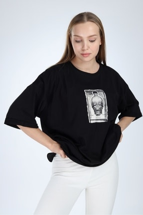 Millionaire Kadın Siyah Yırtmaçlı Kuru Kafa Baskılı Oversize Tshirt 1