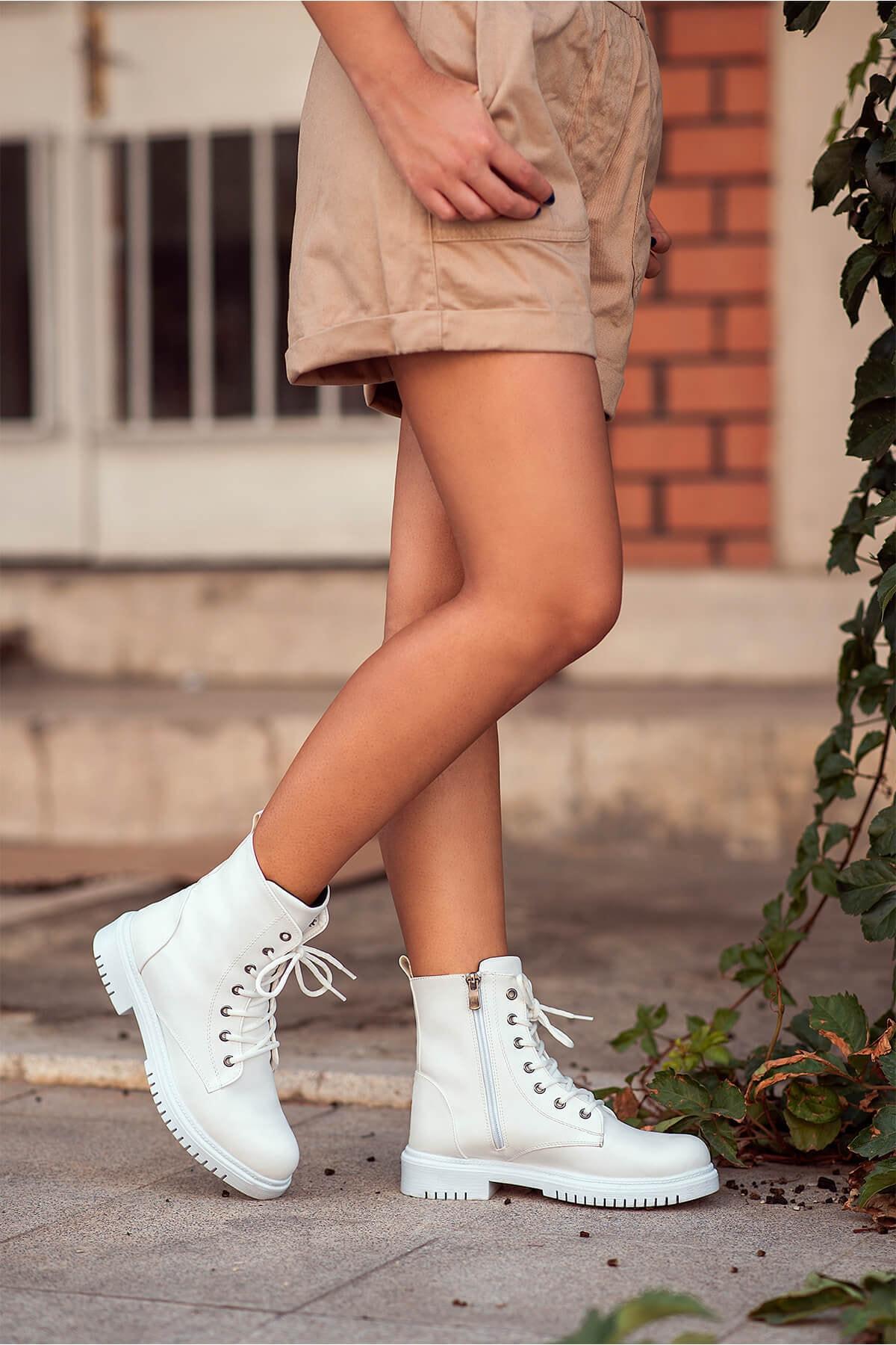 Kırmızı Ayakkabı Kadın Beyaz Lito Cilt Bot