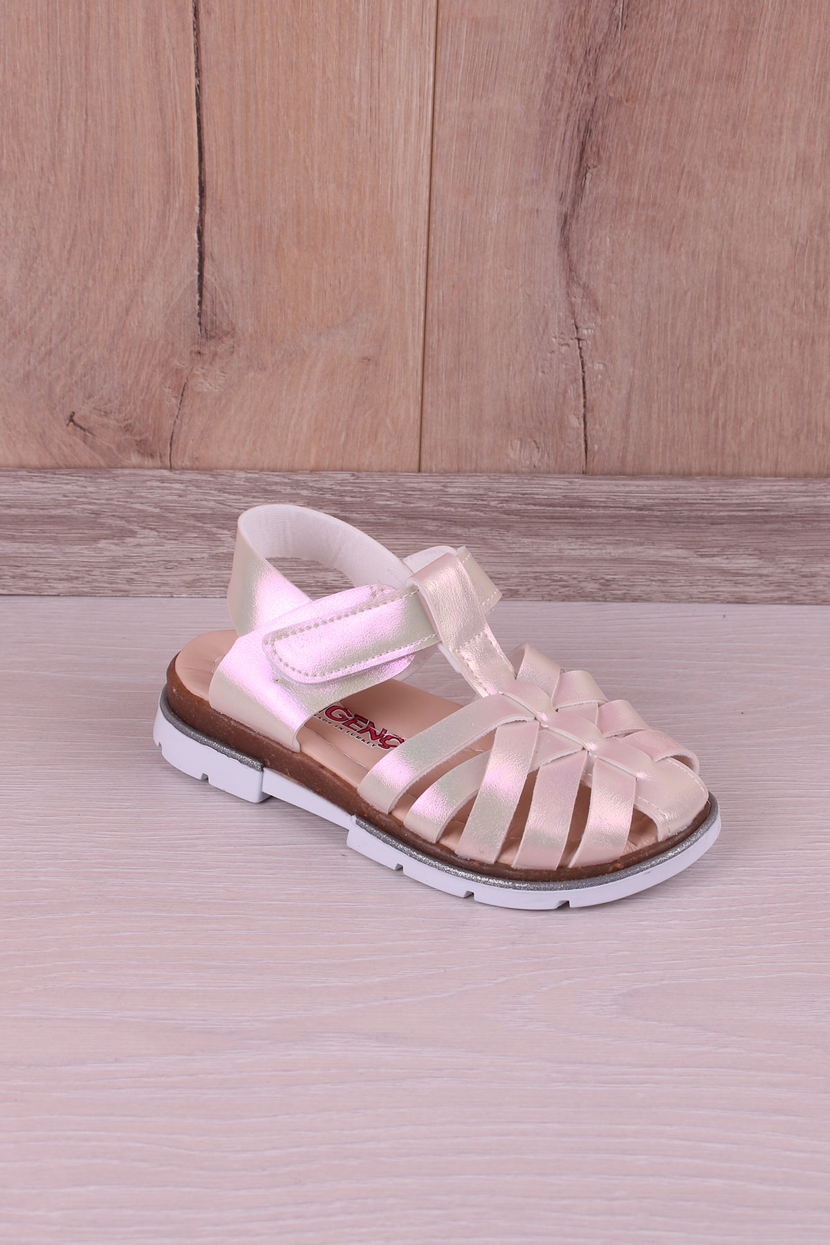 Kız Çocuk Sedef Rengi Ortopedik Sandalet
