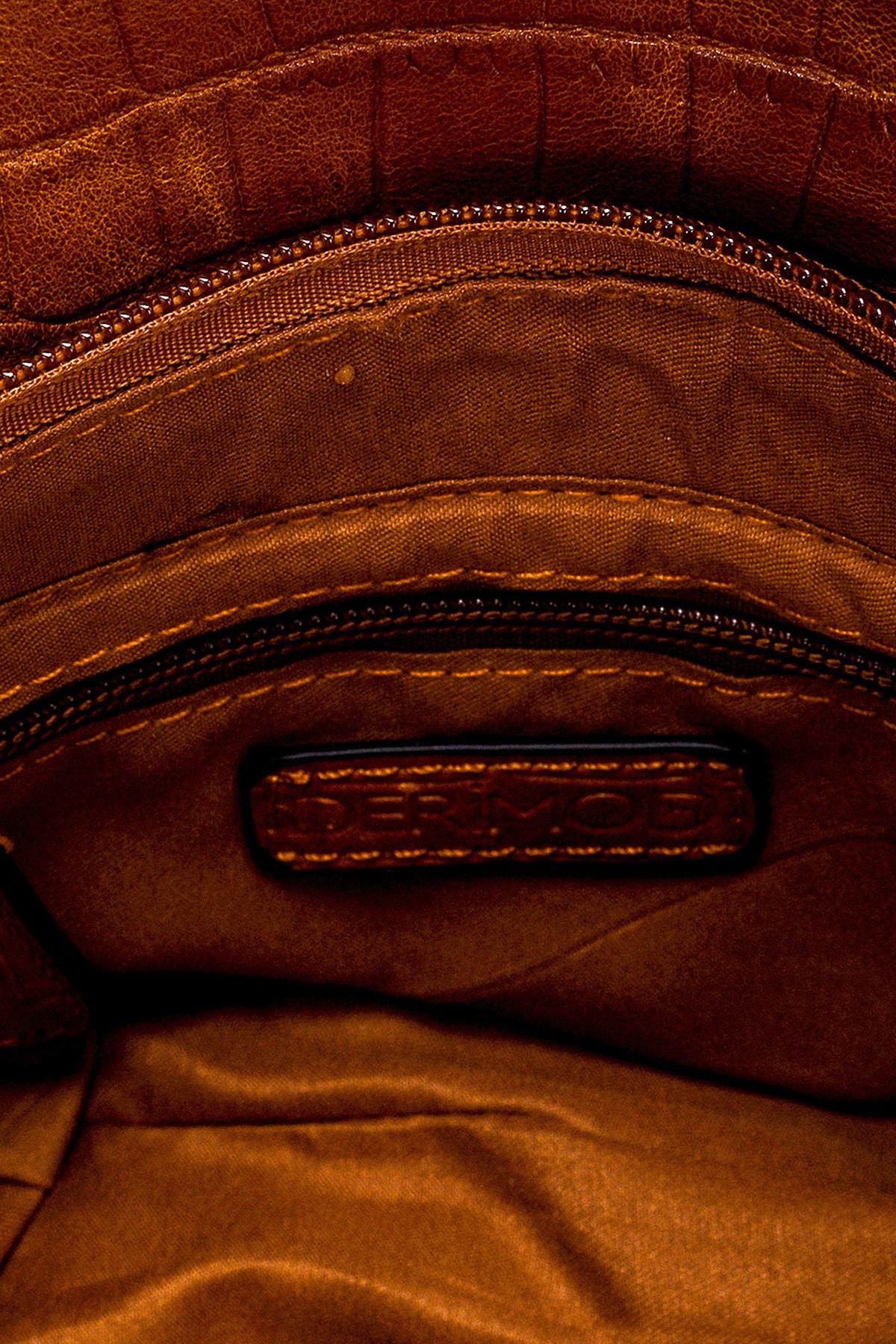 Derimod Kadın Kahverengi Fermuar Detaylı Omuz Çantası