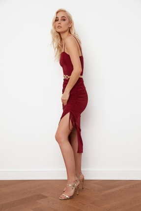 TRENDYOLMİLLA Bordo Yırtmaç Detaylı Drapeli Elbise TPRSS21EL0213 2
