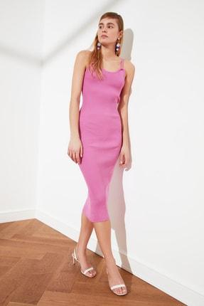 TRENDYOLMİLLA Pembe Düğme Detaylı Hırka Elbise Triko Takım TWOSS21EL0208 4