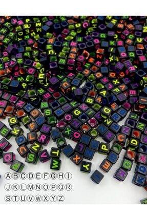 Hedef Bijuteri 6mm Küp Siyah Zemin Üzerine Renkli Harf Boncuk,alfabe Boncuk (100gr,~750 Adet) 0