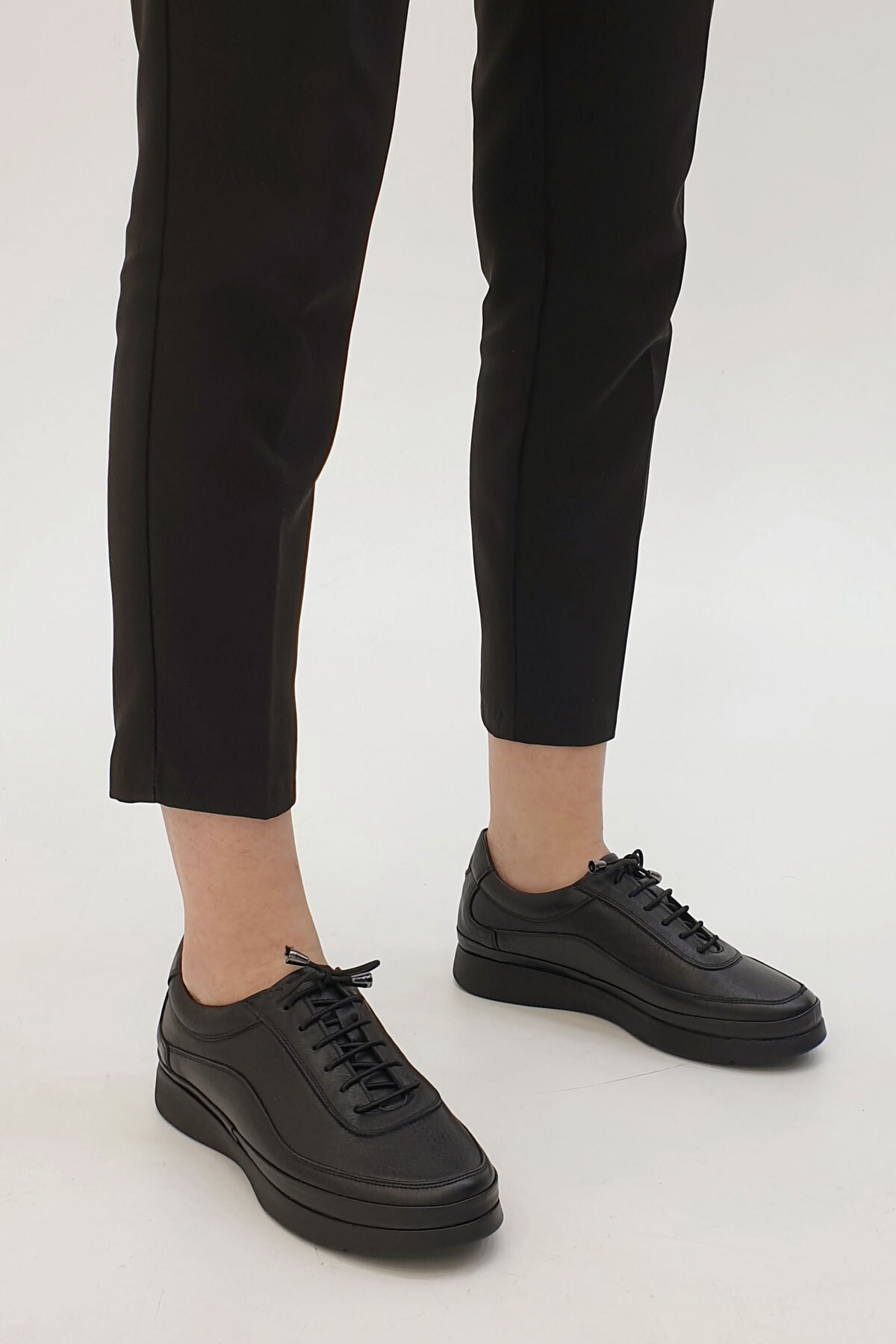 Marjin Sensiva Kadın Hakiki Deri Comfort Ayakkabısiyah 1