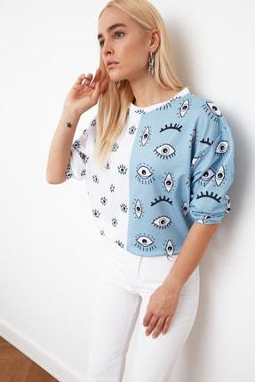 TRENDYOLMİLLA Mavi Renk Bloklu Baskılı Örme Sweatshirt TWOAW21SW1251 2