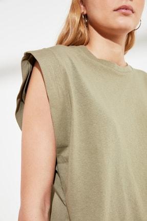 TRENDYOLMİLLA Haki Kolsuz Basic Örme T-Shirt TWOSS20TS0021 3
