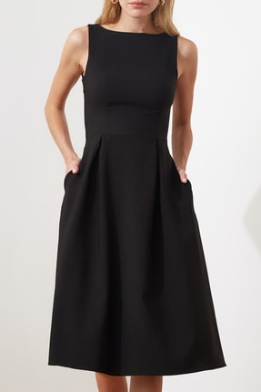 TRENDYOLMİLLA Siyah Pileli Elbise TWOSS20EL0980 2