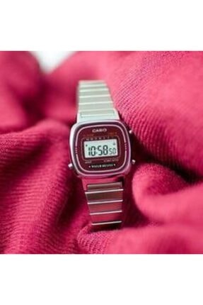 Casio Retro Kadın Kol Saati LA670WA-4DF 4