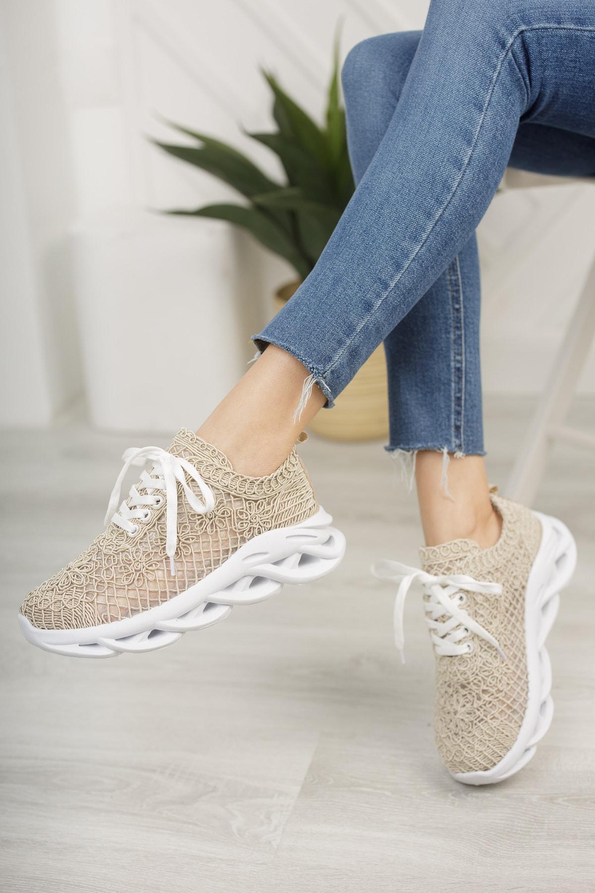 Kadın Dantelli Sneaker