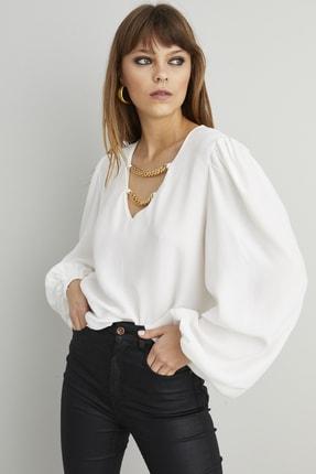 Cool & Sexy Kadın Beyaz Zincir Aksesuarlı Dokuma Bluz BK1069 4