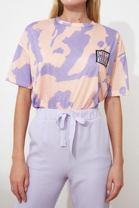 TRENDYOLMİLLA Lila Baskı Detaylı Oversize Örme T-Shirt TWOSS20TS0787 3