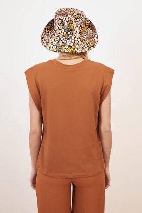 TRENDYOLMİLLA Tarçın Kolsuz Basic Örme T-Shirt TWOSS20TS0021 3