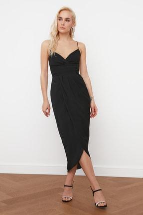 TRENDYOLMİLLA Siyah Nervür Detaylı Elbise TPRSS19BB0420 0