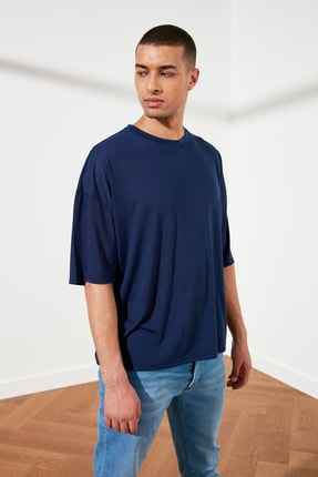 TRENDYOL MAN Lacivert Basic Erkek Oversize Bisiklet Yaka Kısa Kollu T-Shirt TMNSS21TS0811 1