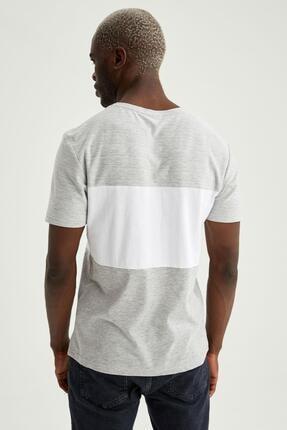 Defacto Erkek Gri Baskılı Slim Fit Tişört 3