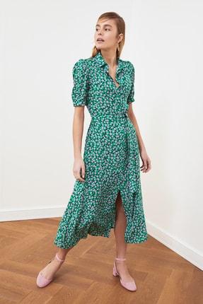 TRENDYOLMİLLA Yeşil Kuşaklı Gömlek Elbise TWOSS20EL1559 1