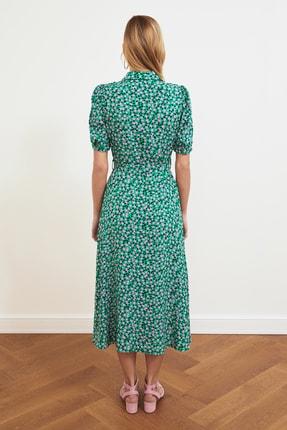 TRENDYOLMİLLA Yeşil Kuşaklı Gömlek Elbise TWOSS20EL1559 4