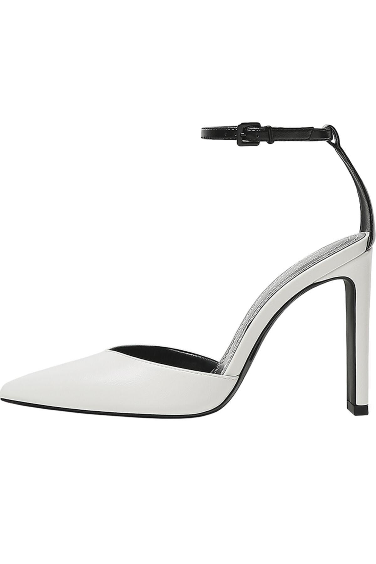 Bershka Kadın Beyaz Bilek Bantlı Topuklu Ayakkabı 11302760 1