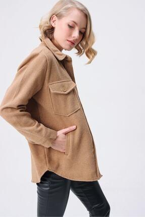 butikburuç Kadın Camel Yandan Önden Cepli Düğmeli Kaşe Gömlek 1