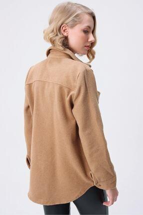 butikburuç Kadın Camel Yandan Önden Cepli Düğmeli Kaşe Gömlek 4
