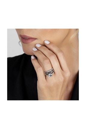 Tesbihane Kadın 925 Ayar Gümüş 3 Sıra Beyaz Zirkon Taşlı Köşeli Tasarım Yarım Tur Tektaş Yüzük 2