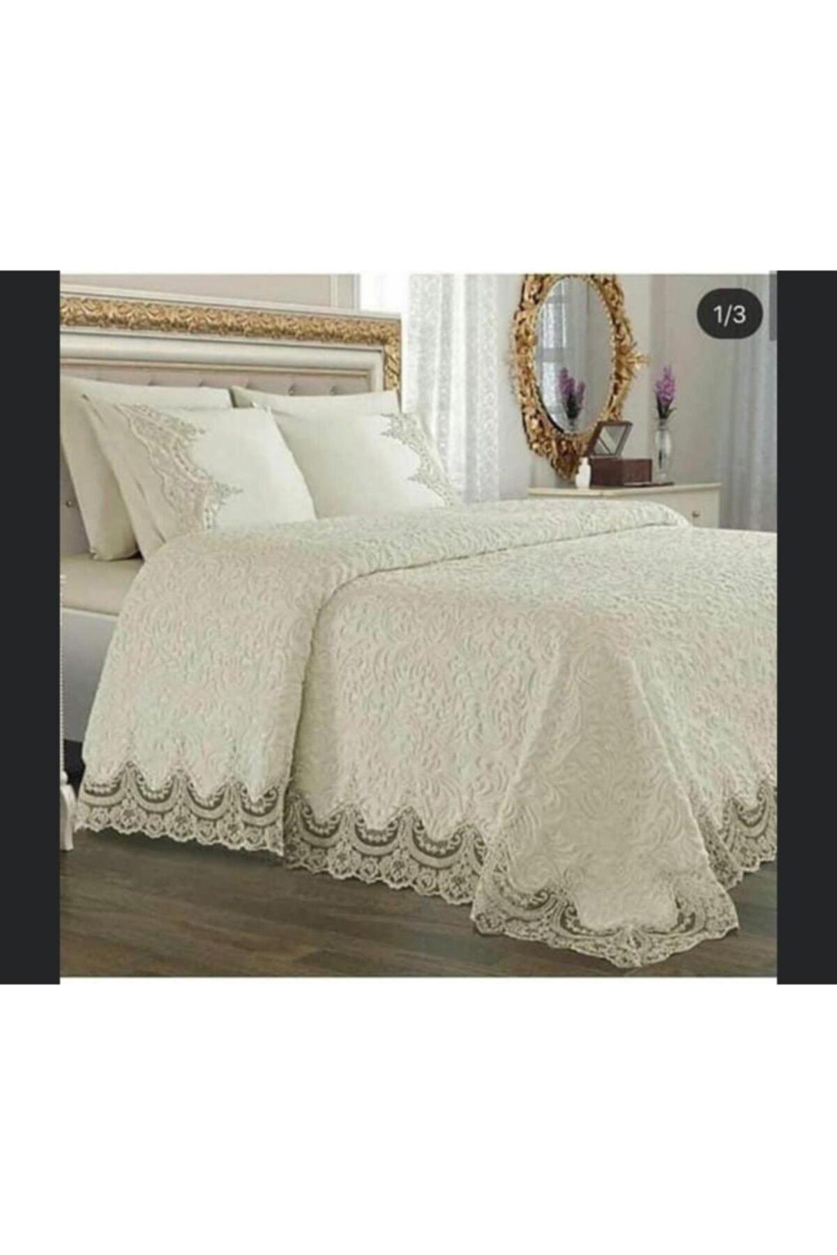Kelebek Mavi Fransız Güpürlü Battaniye Yatak Örtüsü Seti Krem
