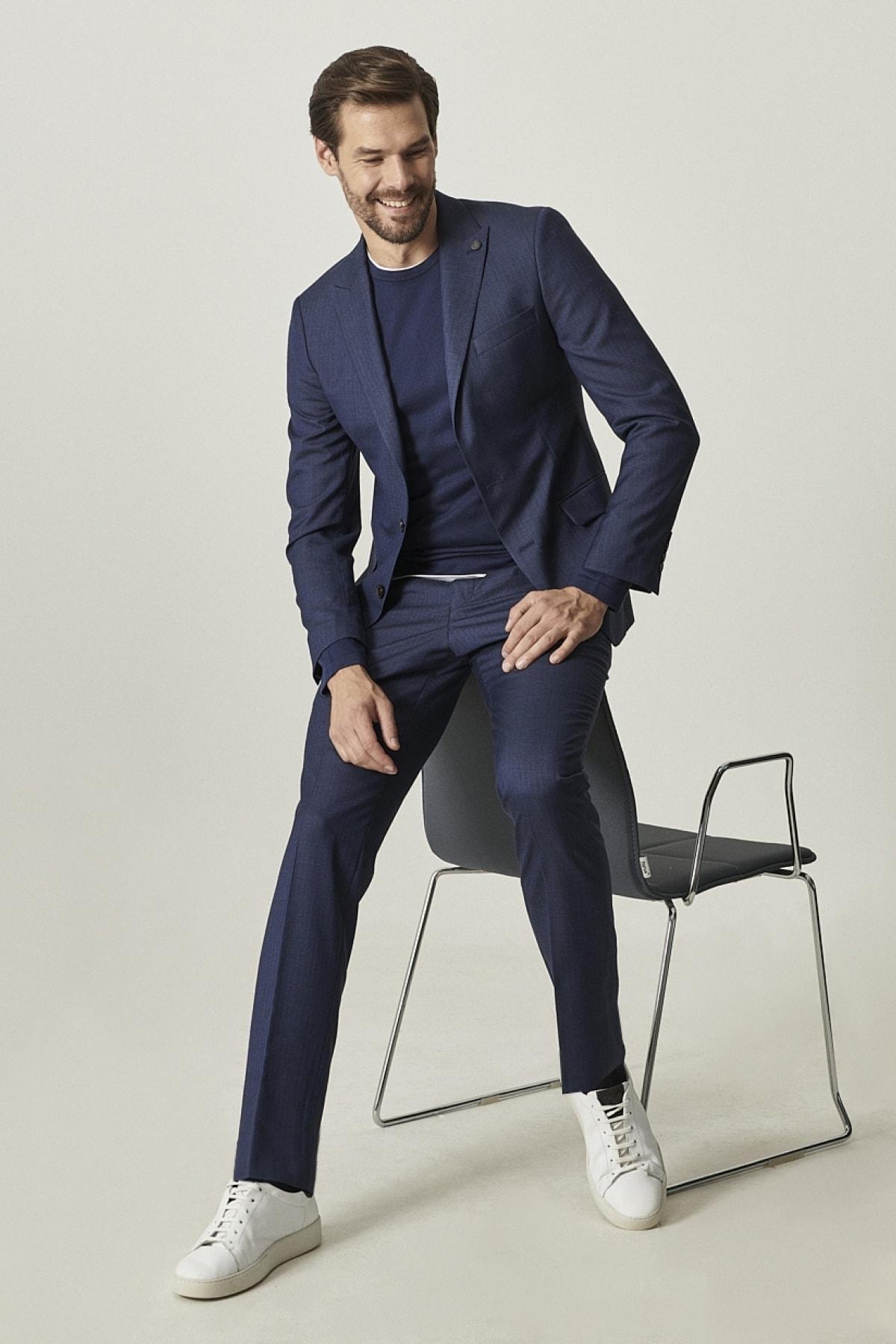 Erkek Lacivert Ekstra Slim Fit Dar Kesim Çizgili Lacivert Su Geçirmez  Spor Nano Takım Elbise