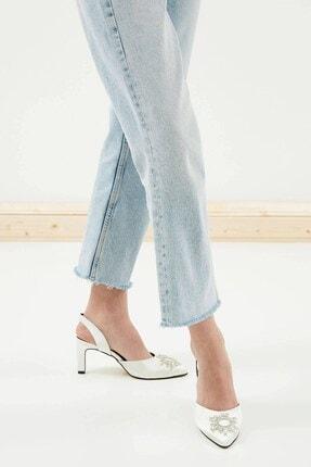 Mio Gusto Kadın Beyaz Kısa Topuklu Taşlı Abiye Ayakkabı 1