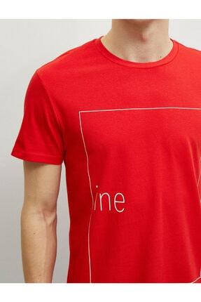 Koton Erkek Kırmızı Pamuklu Bisiklet Yaka Yazı Baskılı Kısa Kollu T-Shirt 4