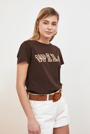 TRENDYOLMİLLA Kahverengi Baskılı Basic Örme T-shirt TWOSS19GH0013 3