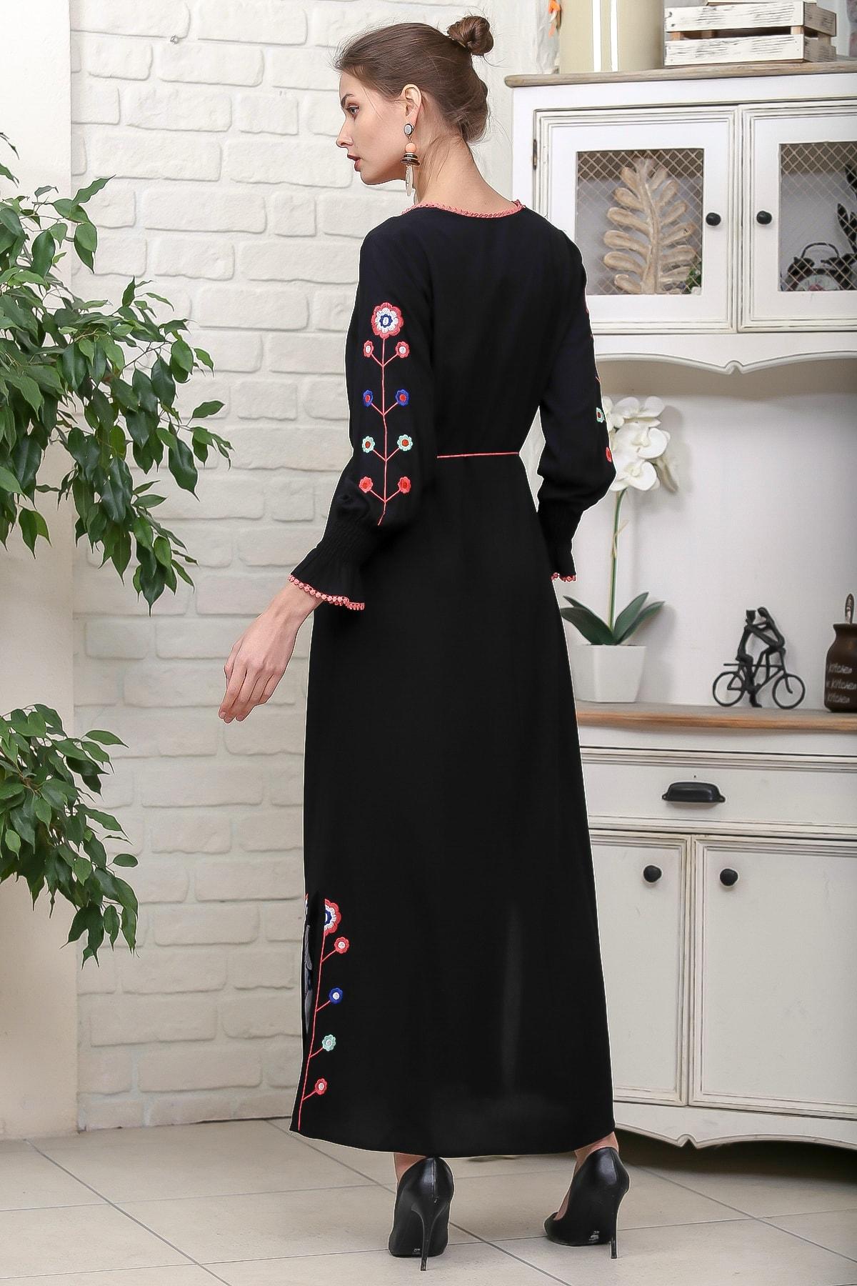 Chiccy Kadın Siyah Kol Ve Yırtmaçları Çiçek Nakışlı Püsküllü Bağcıklı Dokuma Uzun Elbise M10160000EL95942 4