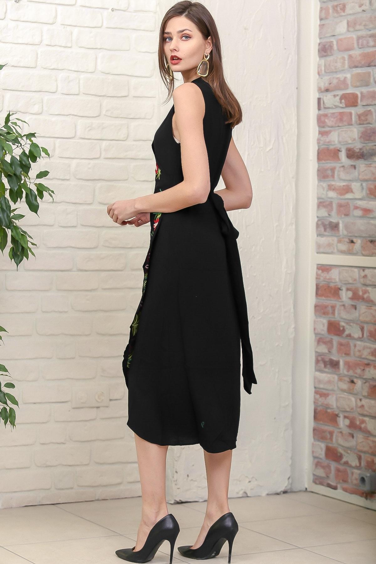 Chiccy Kadın Siyah Kruvaze Lale Nakışlı Ayaklı Yakalı Anvelop Kuşaklı Dokuma Elbise M10160000EL95887 4