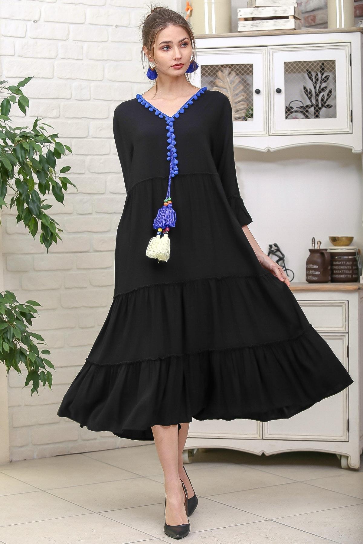 Chiccy Kadın Siyah-Mavi V Yaka Ponpon Detaylı Püsküllü Bağcıklı Salaş Dokuma Elbise M10160000EL95931 0
