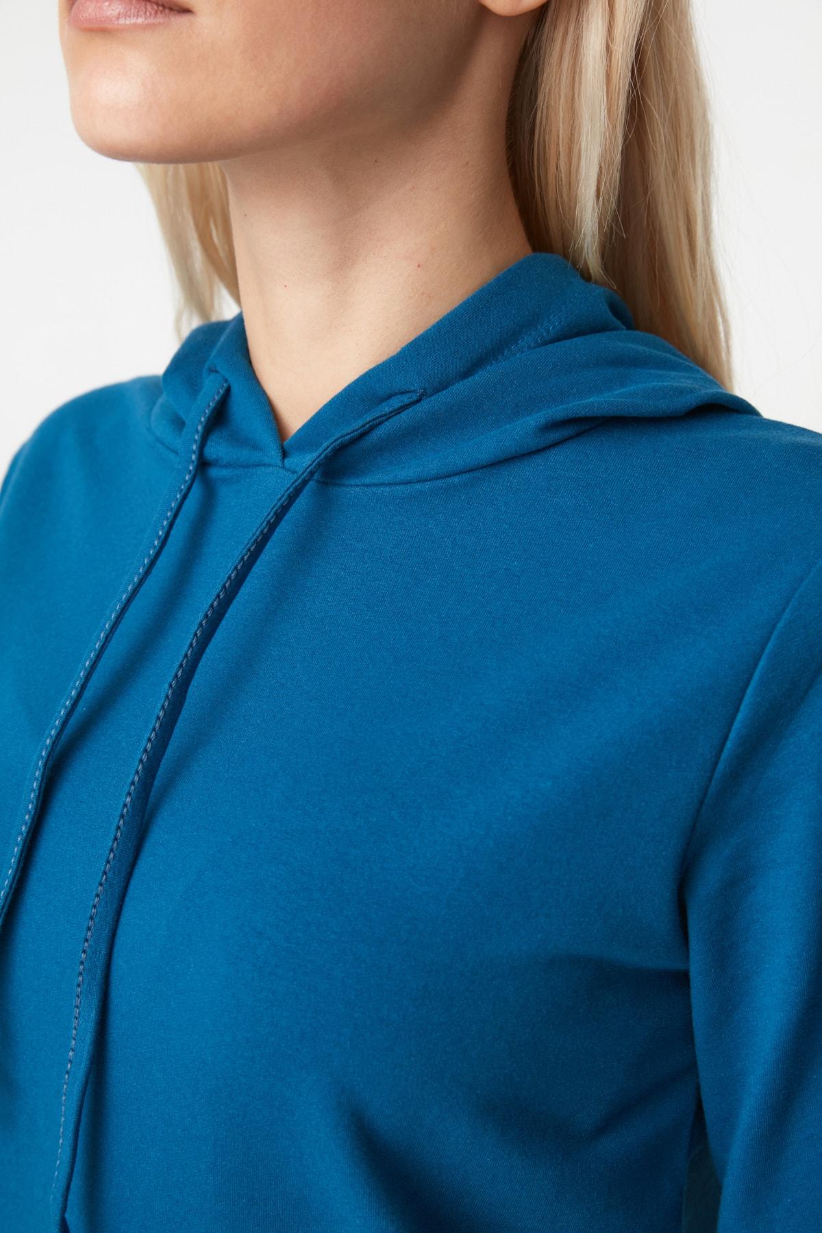 TRENDYOLMİLLA Petrol Kapüşonlu Basic  Örme Sweatshirt TWOAW20SW0059