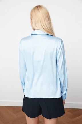 TRENDYOLMİLLA Açık Mavi Basic Gömlek TWOAW20GO0465 4