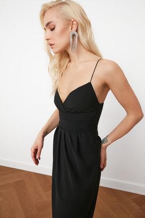TRENDYOLMİLLA Siyah Nervür Detaylı Elbise TPRSS19BB0420 1