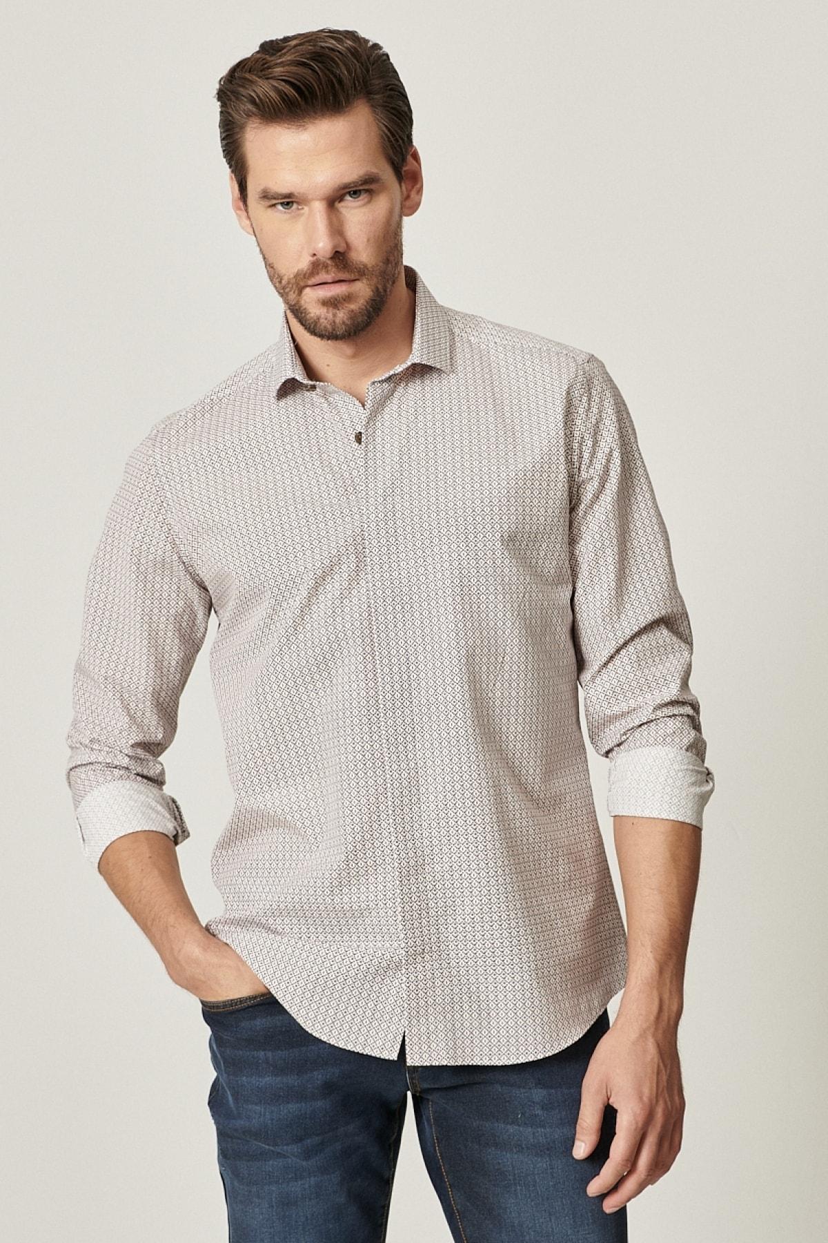 Erkek Beyaz-Kahverengi Tailored Slim Fit Dar Kesim Küçük İtalyan Yaka Baskılı Gömlek